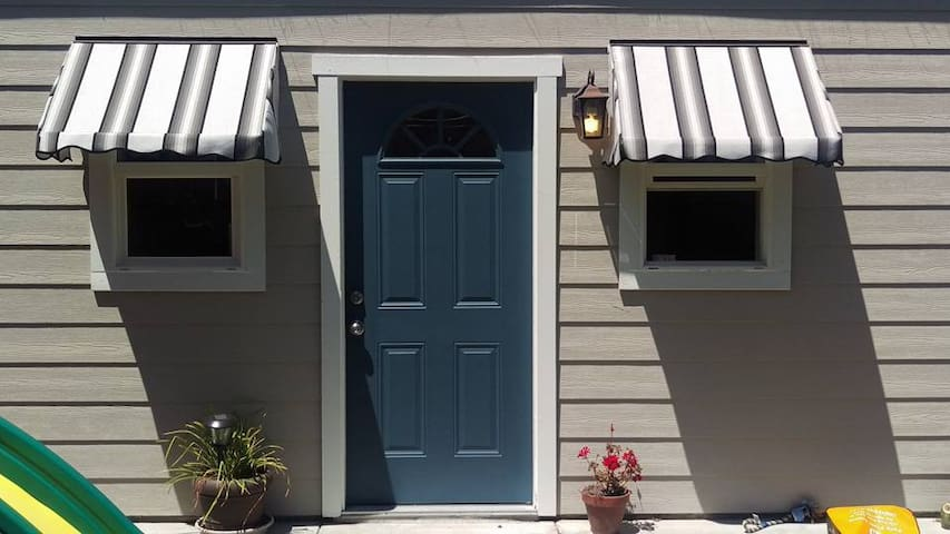 Private Cottage - San Mateo