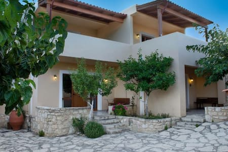 Traditional villa - Kato Asites - 宾馆
