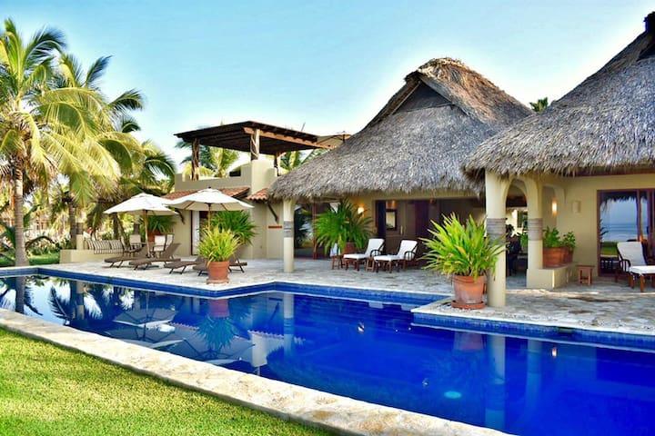 Spectacular Beach Front Villa Resort(Full service)