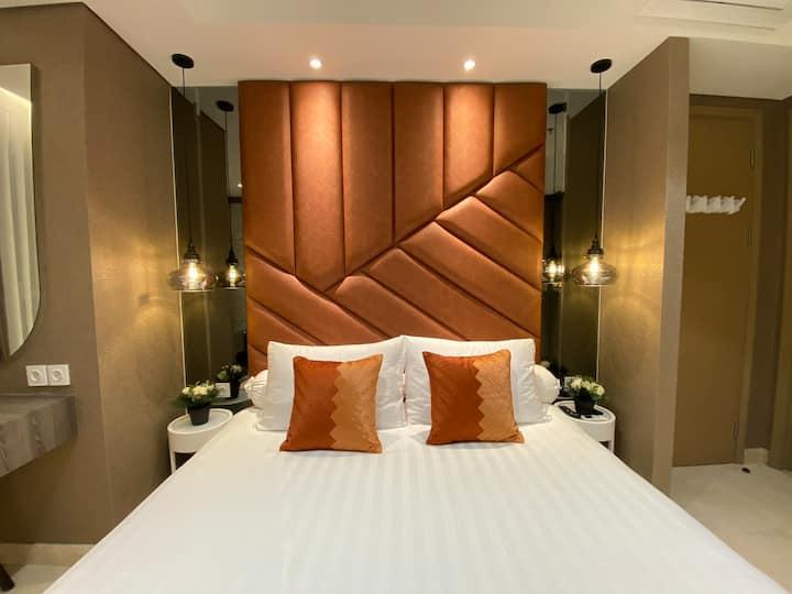 Modern City View Gold Coast Suite #PH Apartment