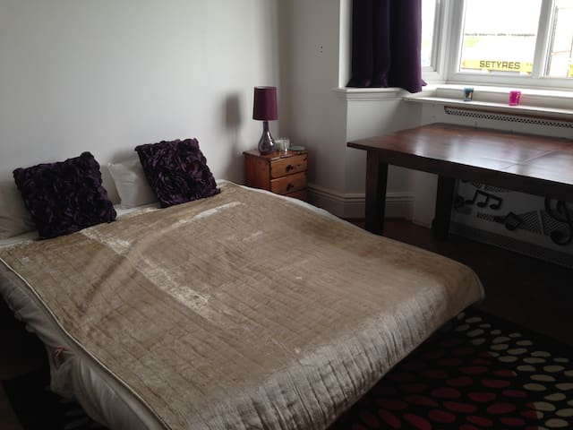 Seafront room in Lancing - Lancing - Apartament
