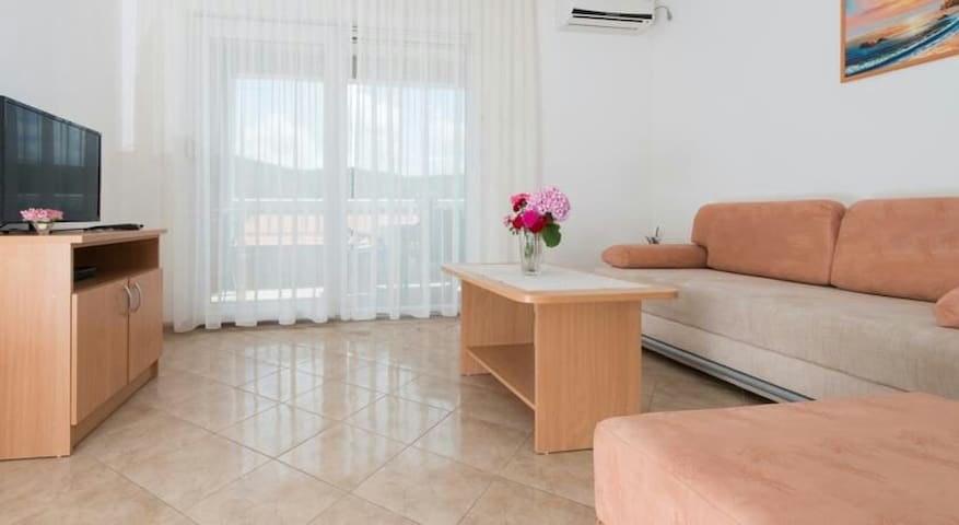 Cozy apartment with sea view no.2 - Neum - Appartement