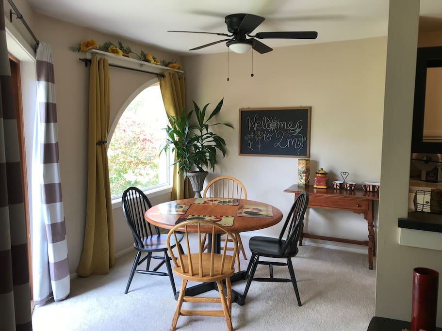 The dining nook is perfect for breakfast, lunch & dinner if you want to cook in the condo.