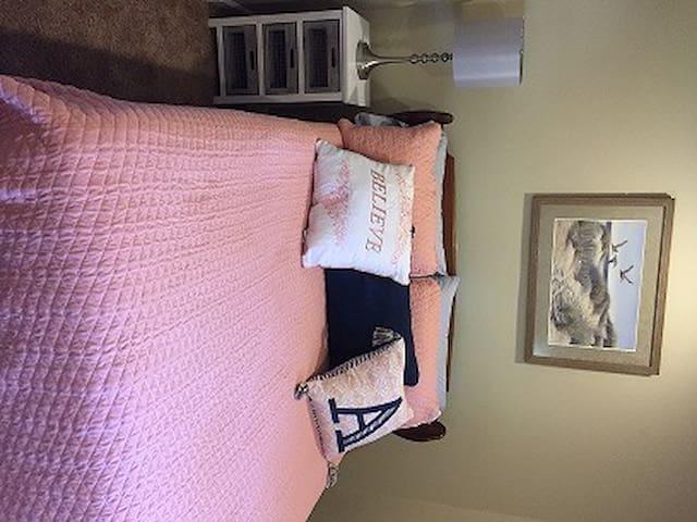 Bedroom #3, Double