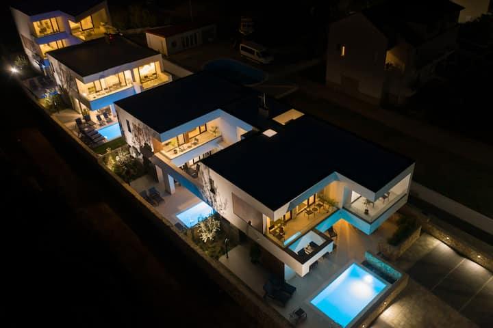 Novalja Bay Villas with private pool