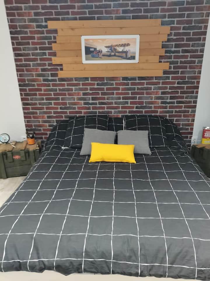 Chambre style garage rétro