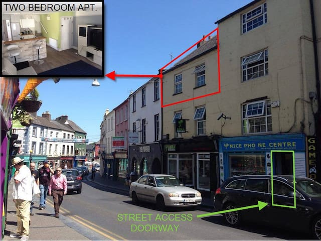 Rose Inn Self Catering 2 Bedroom Apartment - Kilkenny - Flat