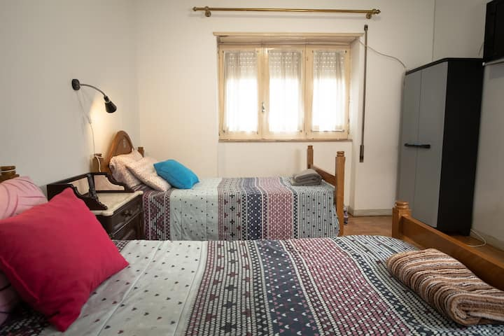 Cozy Bedroom in Braga Historic Center