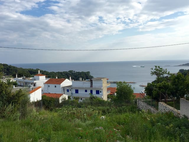 APARTMENT WITH SEA VIEW IN VOTSI - Alonnisos - Apartment