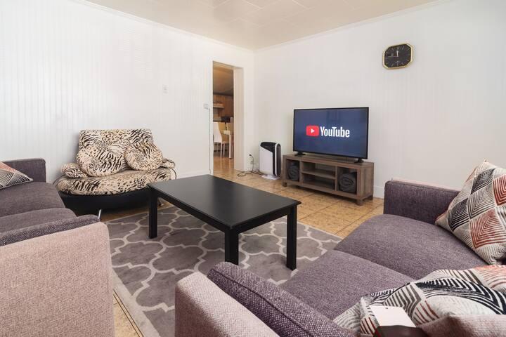 COZY 4 Bedroom in ORANGE, CA
