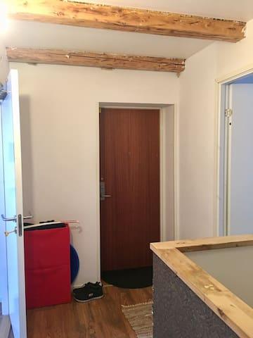 2 små rum i takvåning (välj rumsnr vid bokning)