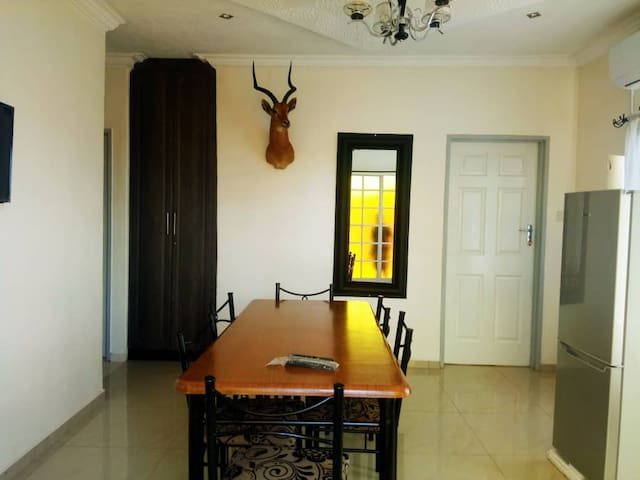 Victoria Falls 3 Bed secure Holiday Apartment