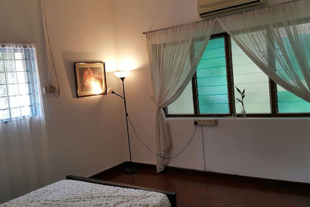 Pic 1 - Room 112