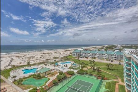 Renovated Beach Side Condo - Gulf Shores - Συγκρότημα κατοικιών