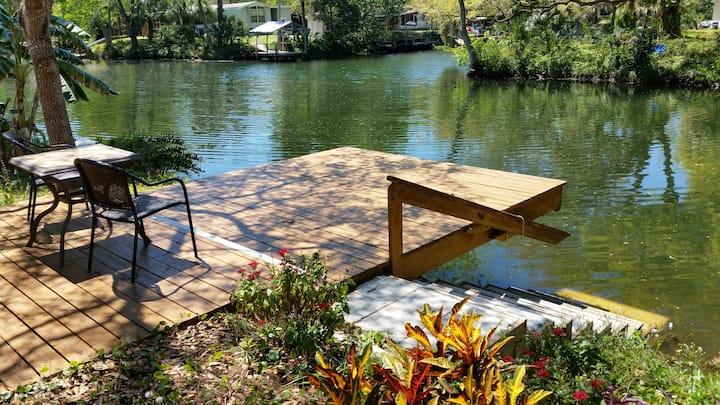Last Resort  on Weeki Wachee River