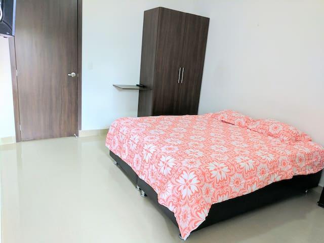 Habitación 205 tipo Suite Hotelera con Aire