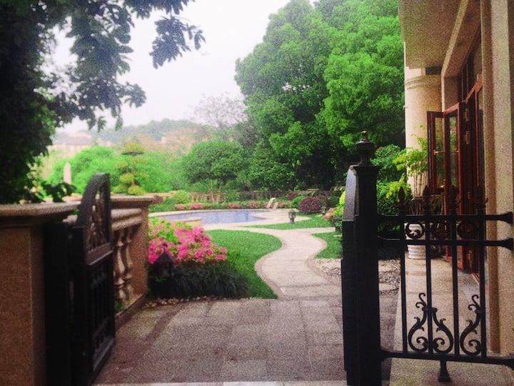 湘湖杭州乐园山地别墅  独立套房 -大隐   距地铁站 杭州乐园 仅200米