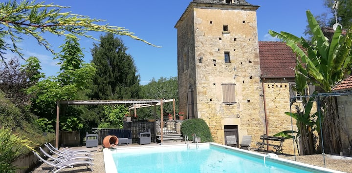 Maison avec piscine et jardin privé ,a la campagne