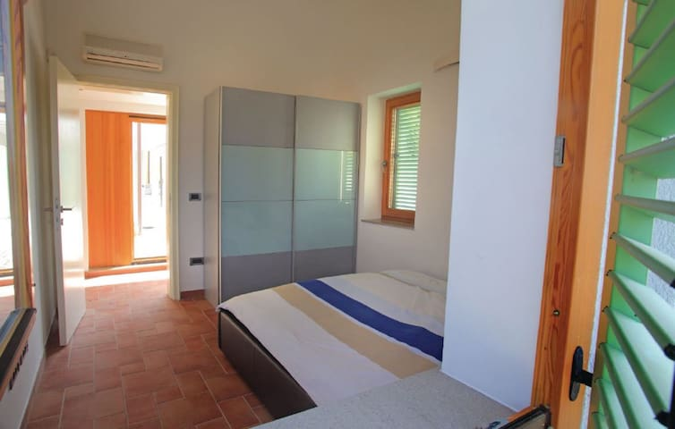 Bedroom 2 is perfect for a good nights sleep. The bedroom also has its own air conditioning, so you can seep in peace on those hot summer days. The big closet is also there so you can store all your things inside