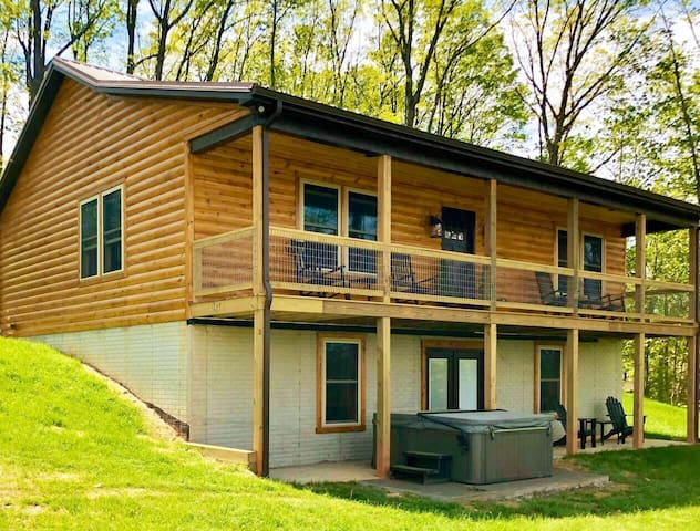 Built 2020/awesome views!/cozy, modern/2400 ft²