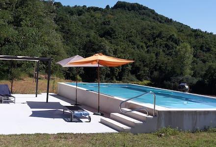Maison moderne avec piscine - Charmes-sur-l'herbasse