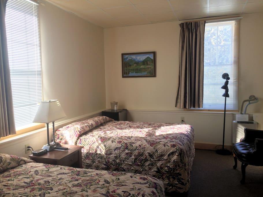 Full & Queen beds