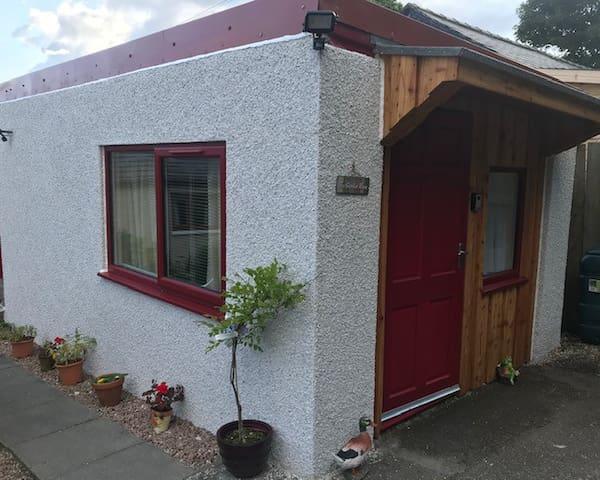Ardcorran Garden Room (Cosy Glamping)