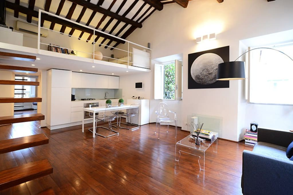 Trastevere stylish loft apartments for rent in rome italy for Interior design roma