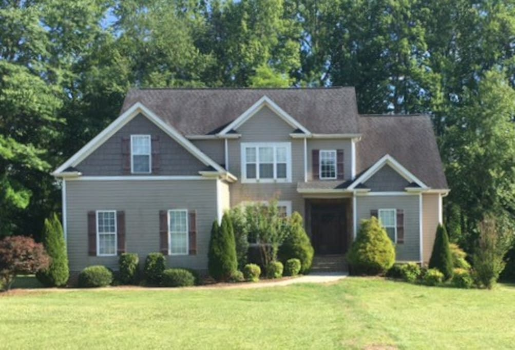 Welcome to the Deep River community in the center of the Piedmont Triad in North Carolina.