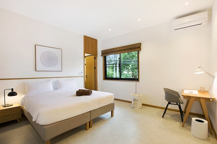 [SHARED] MAREMAAN POOL VILLA: B - TWIN BEDROOM