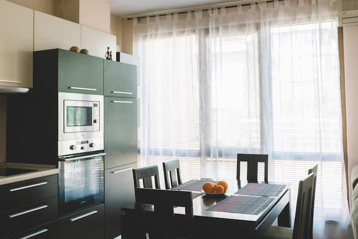 Modern apartment with great location in Varna
