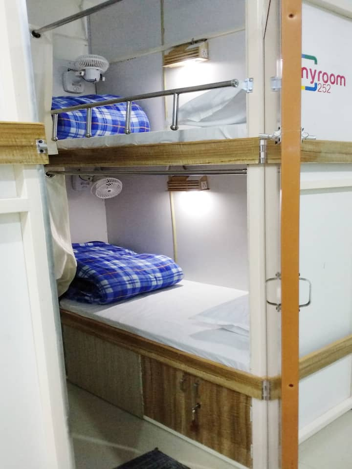 Myroom 252 - Patelnagar, Dehradun