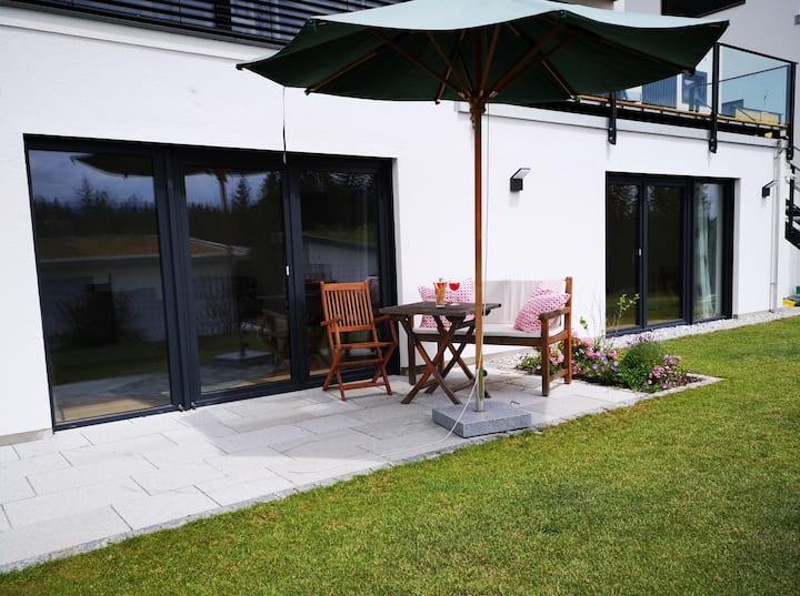 Moderne Wohnung m. Bergblick / Corona-Sicher