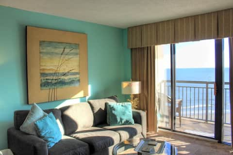 Relax and Unwind at this tropical resort 1212