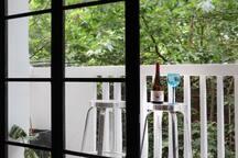 幸福里•Bar&Home•[夏日小酒廊]带阳台!交通大学站,直达虹桥,新天地,南京东路,迪士尼