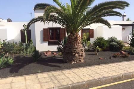 Schicke Studiowohnung in Playa Blanca