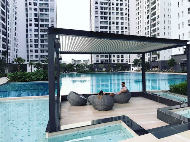 New★Private APT ★2BR★ Free Gym&Pool 10mins to SECC
