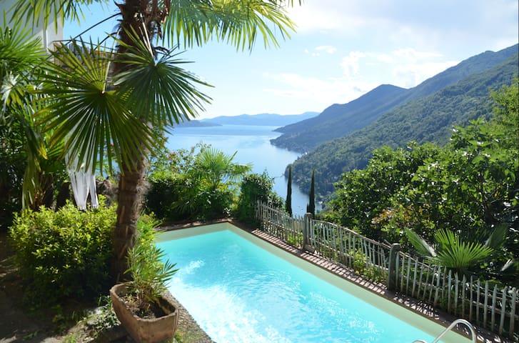 Haus mit herrlichem Panorama-Seeblick,privat Pool - Cannero Riviera - Hus