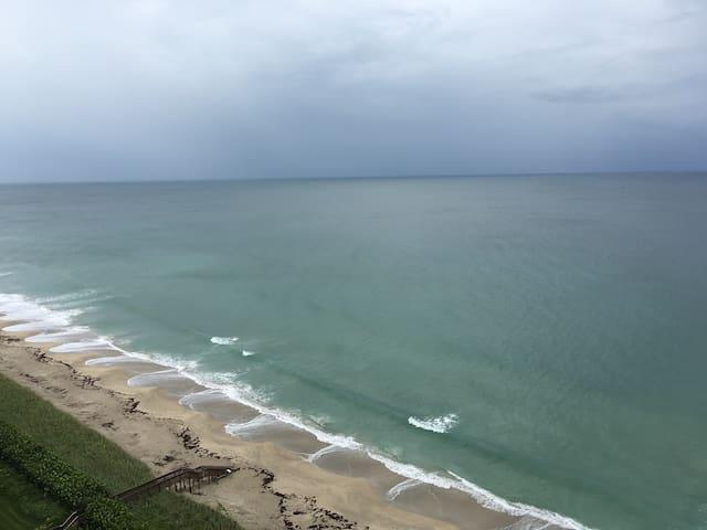 Enjoy stunning Ocean to Intercoastal Views!