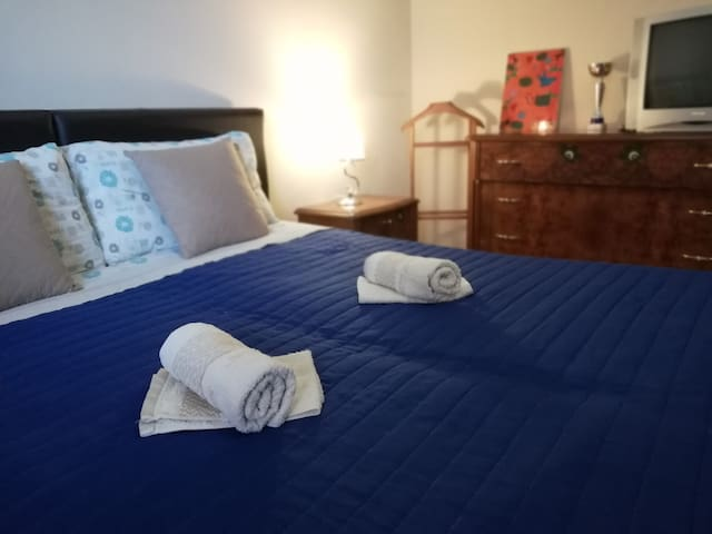 Уютная спальня + FREE SPACE рядом с центром