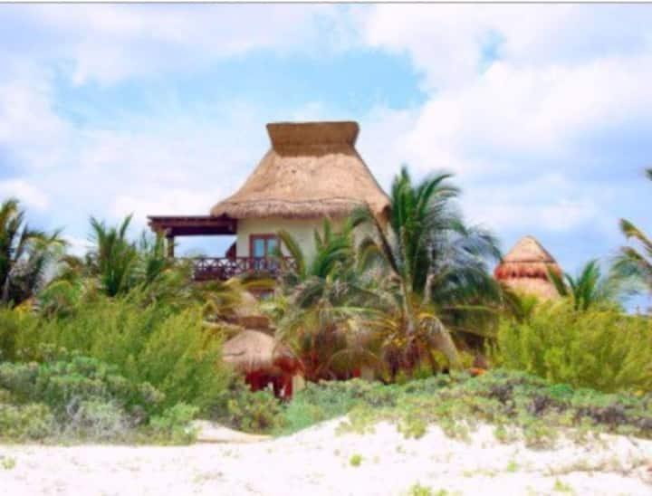 Beautiful beachfront Villa in Yucatan