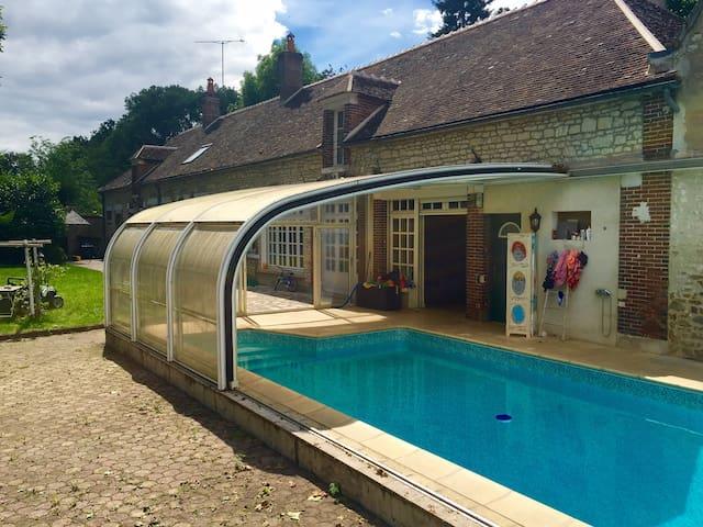 Demeure de charme grand standing avec piscine - Appoigny - Huis