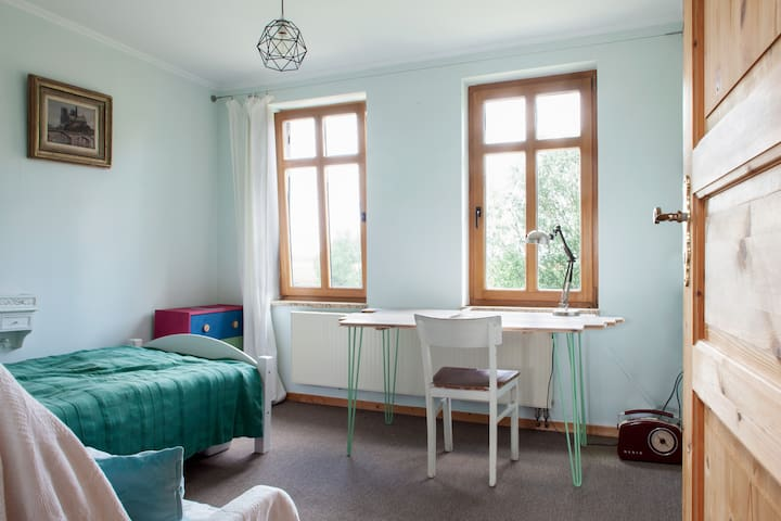 Deichzimmer -  entweder als Arbeits - oder Einzelzimmer