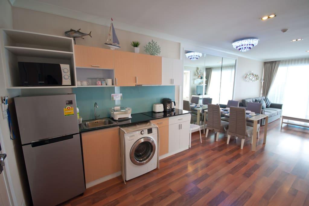 A big kitchen with washing machine