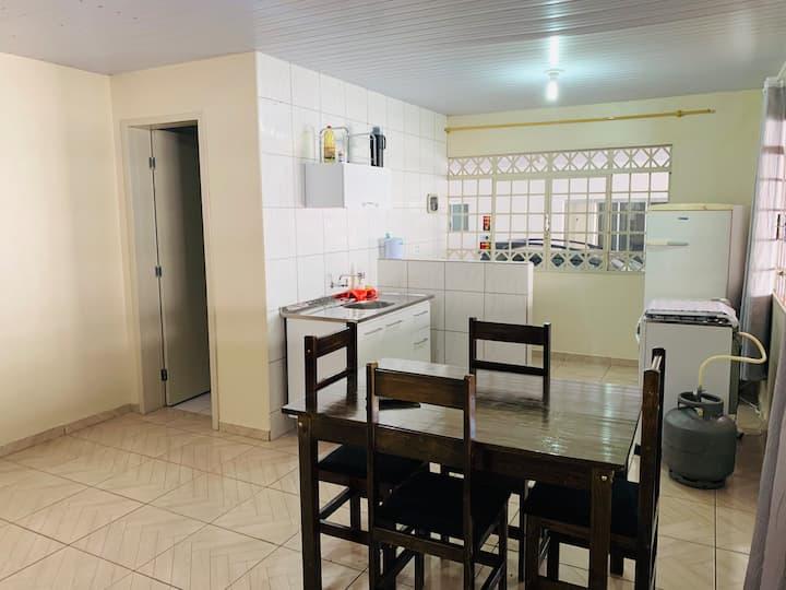 Quitinete 2 quartos no centro de Guarapuava