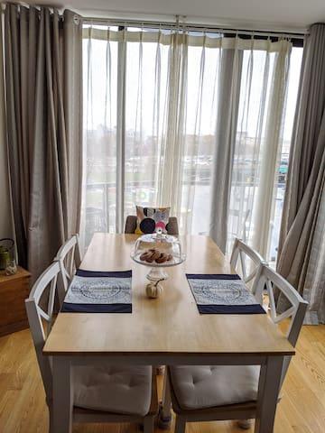 Comfortable Rooms in Beautiful Apartment