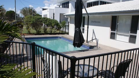 SEAHAVEN- POOL INSTALLED APRIL 2020 SAVE up to 50%