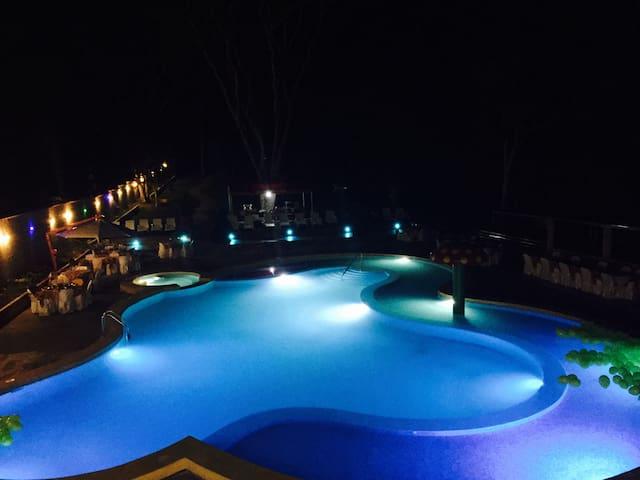 Hospedaje/Hotel FUNDO ALEGRIA