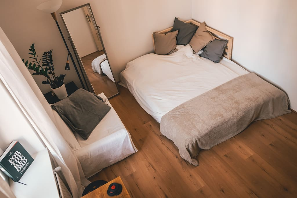Guest Room - Your 2nd home:)