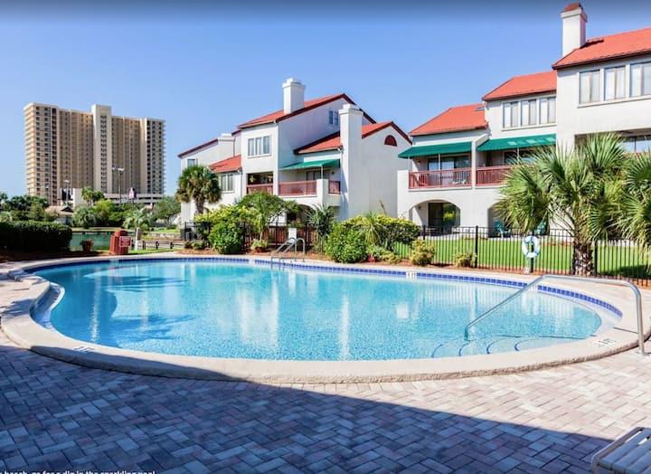 Panama City Beach - Clean, Comfortable & Efficient